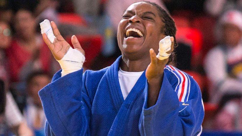 María Bernabéu consigue la medalla de bronce en el Mundial de Judo de Budapest con un meniscoroto